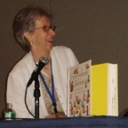Susan Straub, founder of the Read to Me Program at RTM event